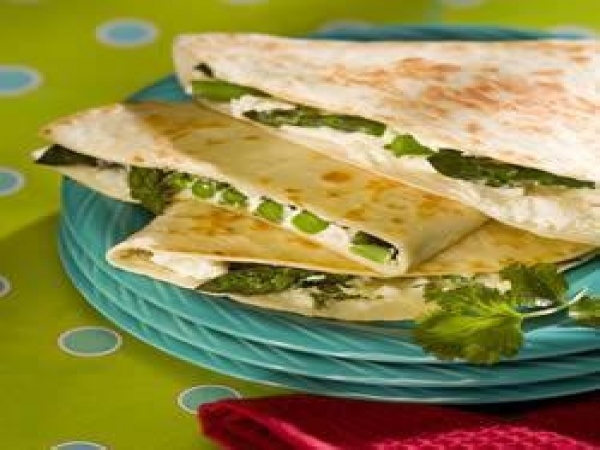 Asparagus Quesadillas with Goat Cheese - Recipes - Rancho Vistalegre